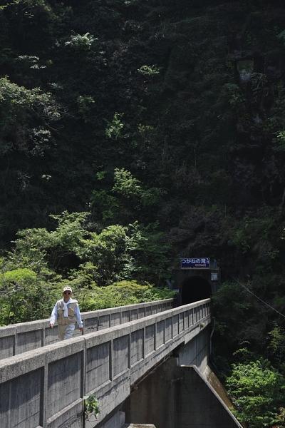 2008_つがね落としの滝_04.jpg