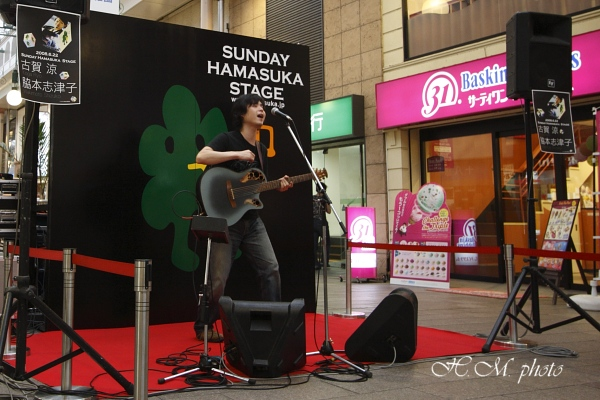 2008_街頭ライブ_04.jpg