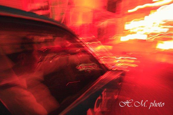 2010_ネオン街のタクシー_03.jpg