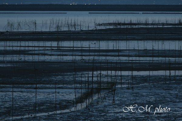 2010_諫早湾干拓地の潮受堤防_01.jpg