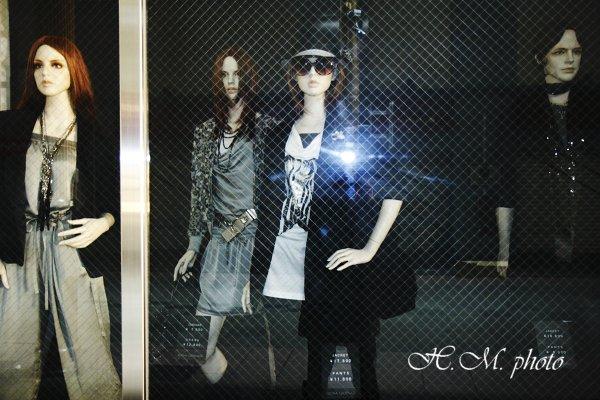 2010_闇夜のファッションショー_01.jpg
