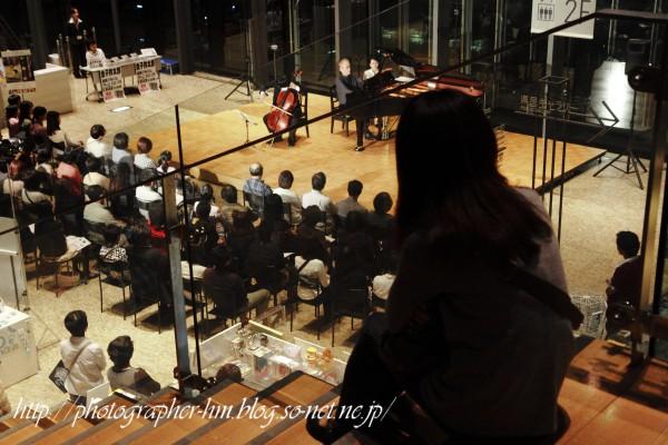 2011_イブニングライブby活水女子大学_06.jpg