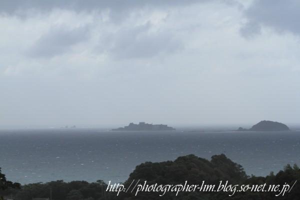 2012_端島(軍艦島)を望む_01.jpg