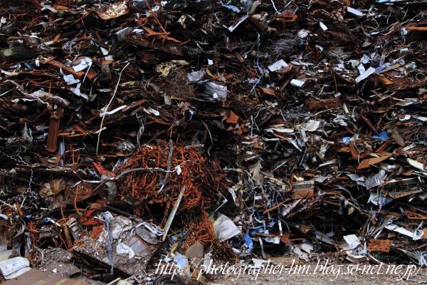2013_産業廃棄物の憂鬱_02.jpg